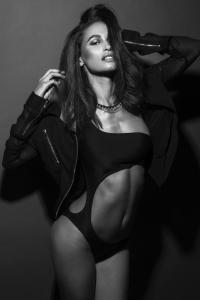 photographer-SHAMAYIM-model-Erin-682x1024